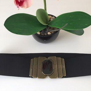 Accessories - Ladies Deco Style Buckle Stretch Black Belt .